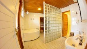 Hohde-Laatta Kylpyhuone